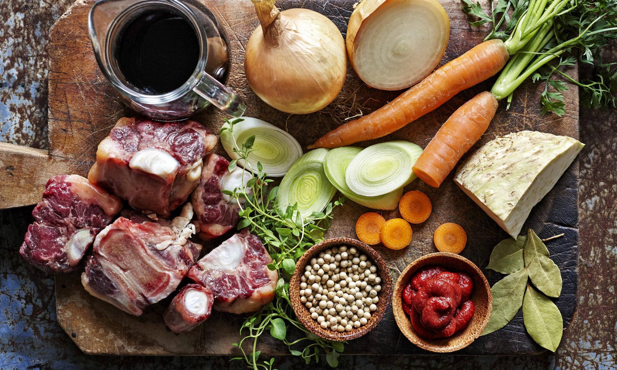 Ingredienser till buljong.